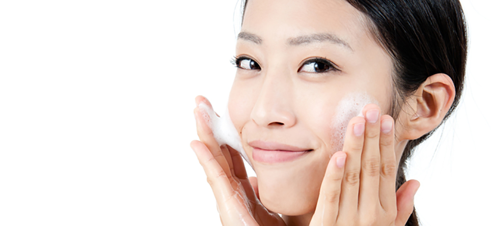 素肌美人への第一歩!石けんでの正しい洗顔方法とは?